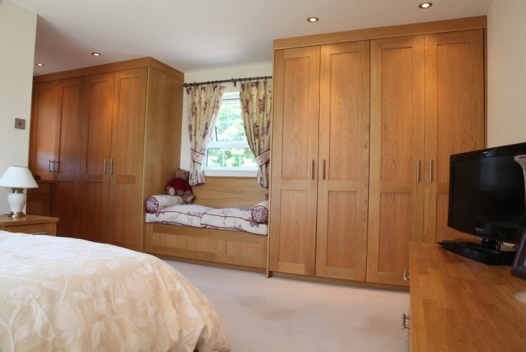 Luxury European Oak Bedroom Furniture
