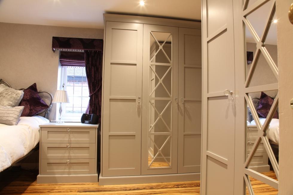 Luxury Fitted Bedroom Wardrobes | Bespoke Bedroom Furniture
