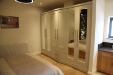 Bespoke fitted wardrobes created for the spaces in your home