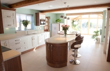 Contemporary Painted Shaker Kitchen