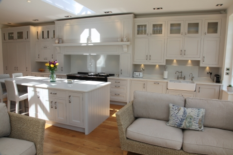 Elegant White Painted Kitchen